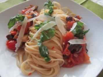 Spaghetti mit Auberginen und Tomaten - Rezept