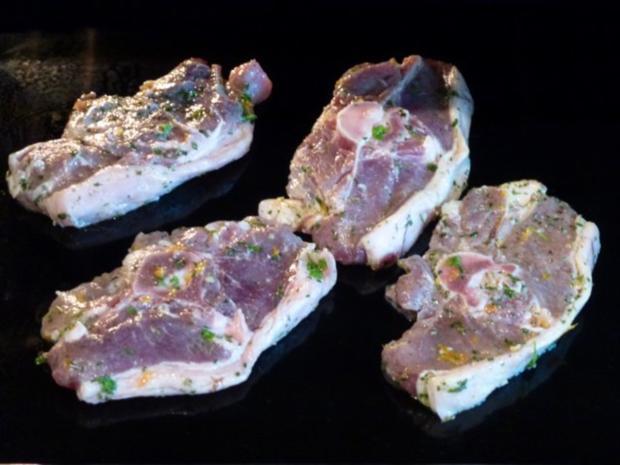 Schwarzwälder Bohnenpäckchen zu marinierten NT Lammkotelette - Rezept - Bild Nr. 4