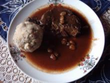 Sauerbraten mit Semmelknödel - Rezept