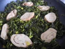 Vegan : Mein Veggi - Rollbraten auf Grünkohl mit Kartoffeln und Karotten - Rezept