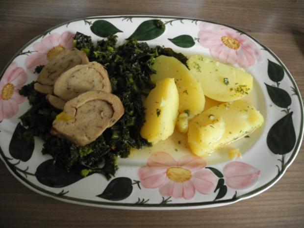 Vegan : Mein Veggi - Rollbraten auf Grünkohl mit Kartoffeln und Karotten - Rezept - Bild Nr. 2