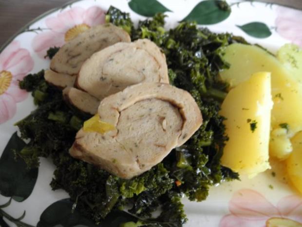 Vegan : Mein Veggi - Rollbraten auf Grünkohl mit Kartoffeln und Karotten - Rezept - Bild Nr. 3