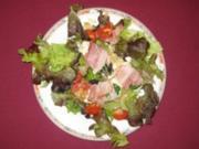 Speck-Mozzarella auf Salat - Rezept