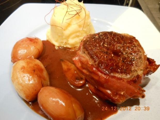 Hauptgericht: Rinderfiletsteaks mit Portweinschalotten und Steinpilz- Pürree - Rezept