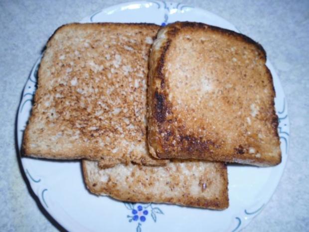 Pikanter Toast mit pochierten Eiern - Rezept - Bild Nr. 8