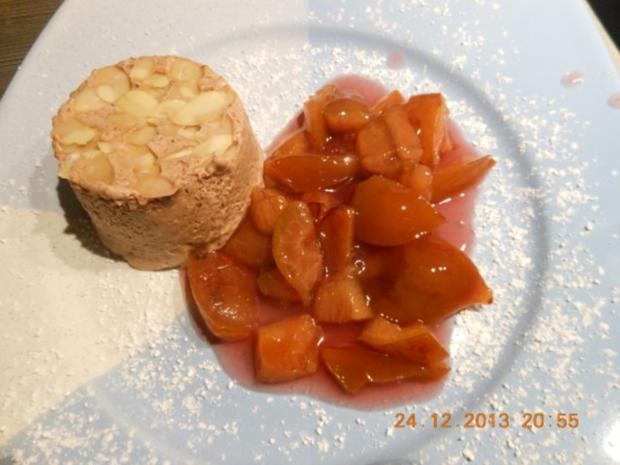 Dessert: Lebkuchenparfait  mit Rotweinpflaumen - Rezept - Bild Nr. 2