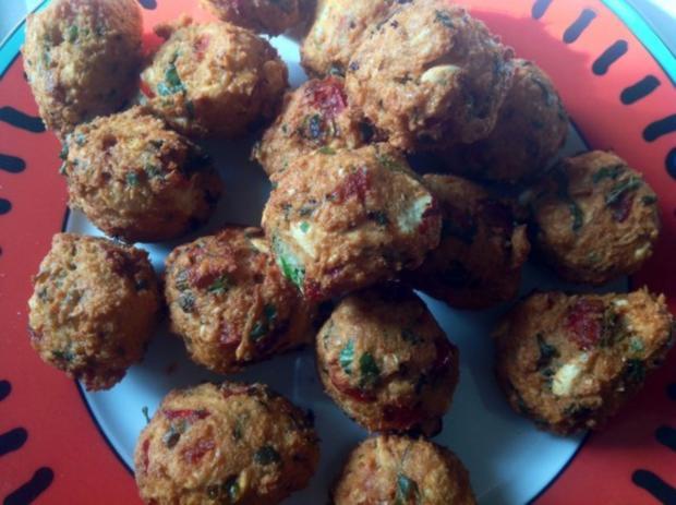 Frittierte Bohnenbällchen - Rezept