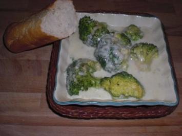 Überbackener Broccoli mit Parmesan - Rezept