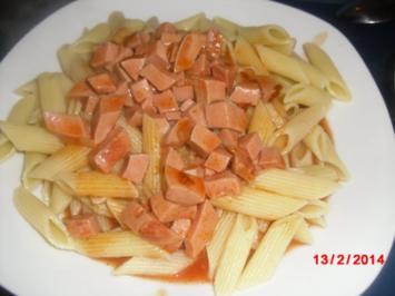Tomatensauce mit Penne - Rezept