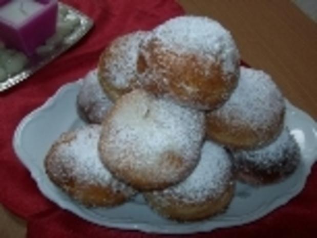 Berliner Krapfen mit Puddingfüllung - Rezept