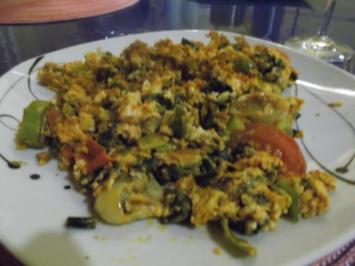 Abendbrot: Trüffelkäse-Rührei mit Lauch - Rezept