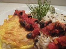 Kabeljau in Parmesan-Ei-Hülle mit geschmorten Gurken, Wildreis- mischung und Tomatensauce - Rezept