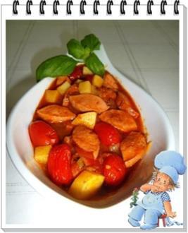 Pikantes Wurstgulasch mit Kartoffeln - Rezept