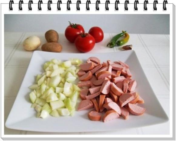 Pikantes Wurstgulasch mit Kartoffeln - Rezept - Bild Nr. 7