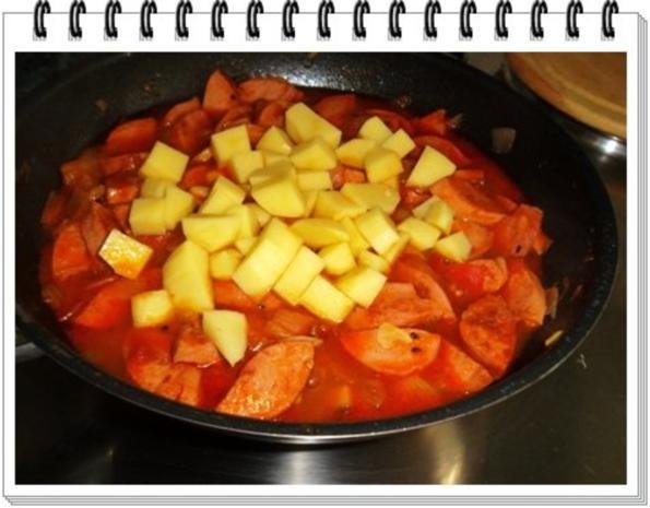 Pikantes Wurstgulasch mit Kartoffeln - Rezept - Bild Nr. 16