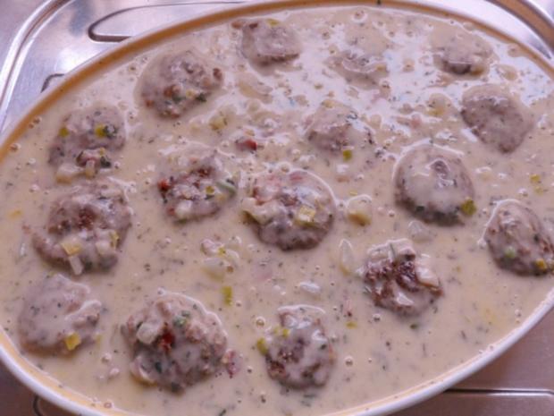 Aufläufe/Gratins: Kohlrabi-Kartoffel-Auflauf mit Käse-Hackbällchen - Rezept - Bild Nr. 15