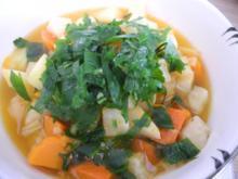 Vegan : Bunter Gemüse - Kürbis - Eintopf - Rezept