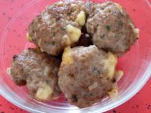 Fleischpflanzerl Frikadellen Buletten mit Käse - Rezept