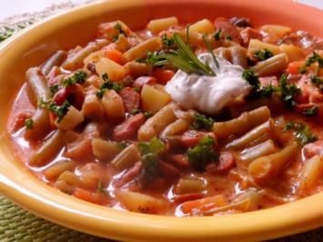 Rezept: Eintöpfe & Suppen: Bunter Bohneneintopf mit Kasseler und Cabanossi
