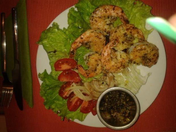 Garnelen gebraten auf Salatbeet - Rezept - Bild Nr. 2