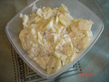 Kartoffelsalat mit Schmand nach Rüdi`s Art - Rezept