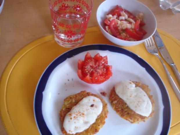 Kartoffelrösti mit Mozzarella und Tomatensalat - Rezept - Bild Nr. 13