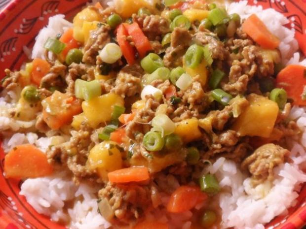 Pfannengerichte: Fruchtige Mango-Hackfleisch-Pfanne mit Erdnuss-Soße -  Rezept - kochbar.de