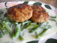 Vegan : Kichererbsen - Röstis auf gesahnten grünen Bohnen und Kümmelkartoffeln - Rezept