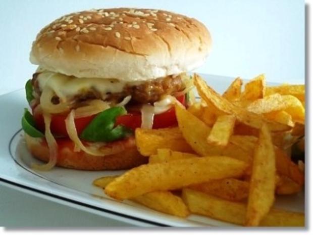 Hausgemachte Hamburger mit Pommes (ړײ) - Rezept - Bild Nr. 2