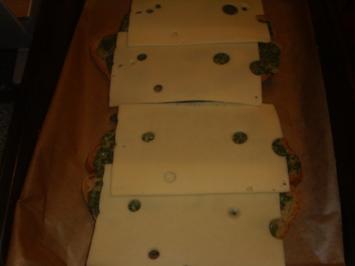 Ūberbackenes Spinat-Käse Brot - Rezept