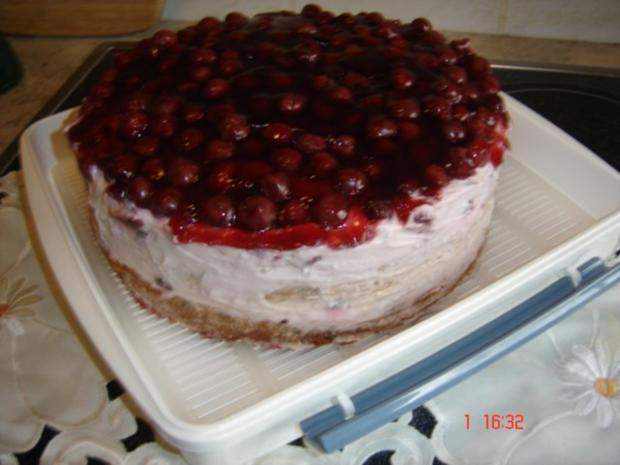 Joghurt-Kirschtorte - Rezept - Bild Nr. 2