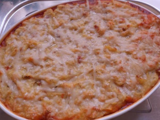 Auflauf/Gratin: Mediterranes Wurstgulasch überbacken mit Parmesan-Kartoffelpüree - Rezept - Bild Nr. 20