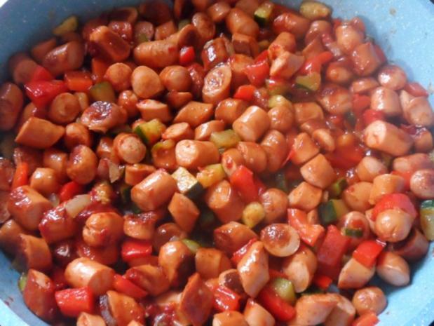 Auflauf/Gratin: Mediterranes Wurstgulasch überbacken mit Parmesan-Kartoffelpüree - Rezept - Bild Nr. 7