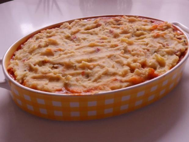 Auflauf/Gratin: Mediterranes Wurstgulasch überbacken mit Parmesan-Kartoffelpüree - Rezept - Bild Nr. 18