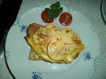 Schinken-Toast mit Kräuter-Eiern - Rezept