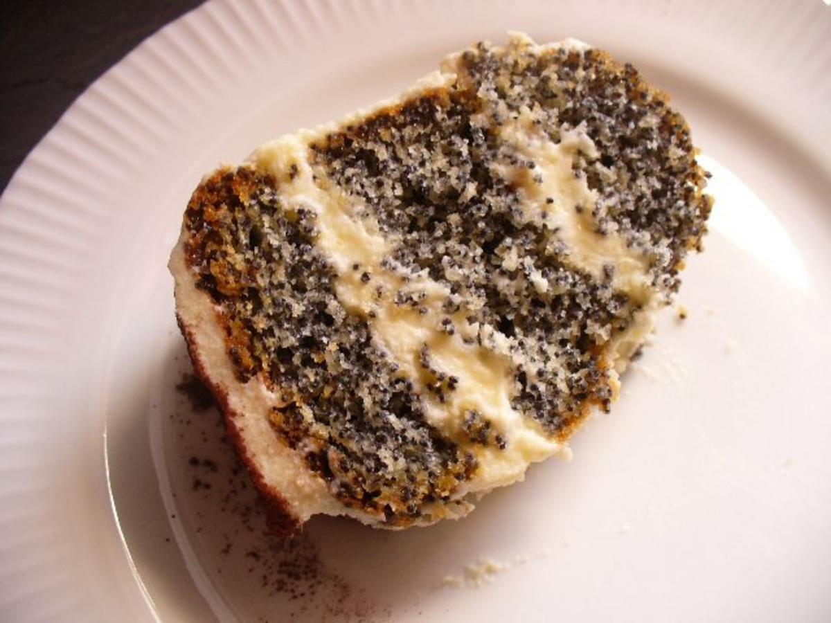 Mohnkuchen gef llt mit buttercreme rezept for Kuchen dietz fritzlar
