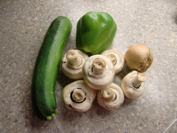 Nudelauflauf mit Zucchini und Champignons à la Heiko - Rezept - Bild Nr. 2
