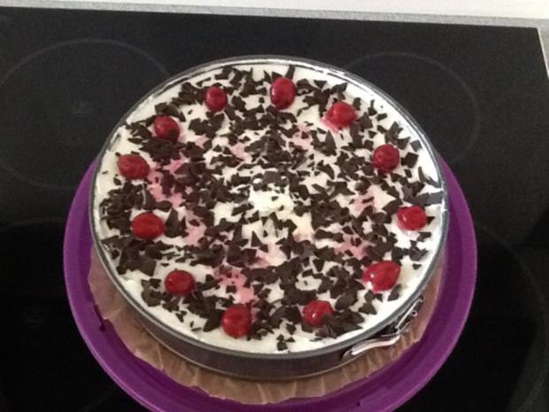 Schwarzwälder-Kirsch Torte - Rezept - Bild Nr. 2