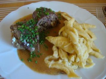Rinderroulade mit Pilz-Kräuter Füllung - Rezept