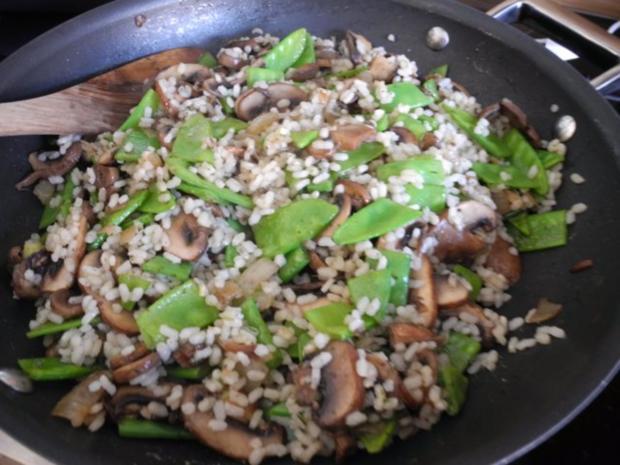 Vegan : Reis - Champignon - Pfanne mit Zuckerschoten - Rezept - Bild Nr. 10