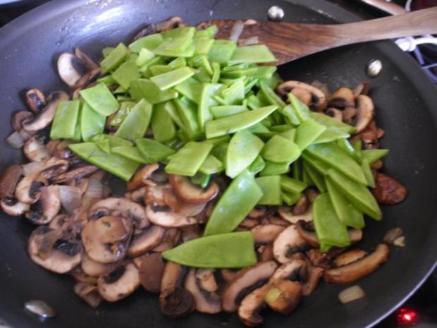 Vegan : Reis - Champignon - Pfanne mit Zuckerschoten - Rezept - Bild Nr. 7