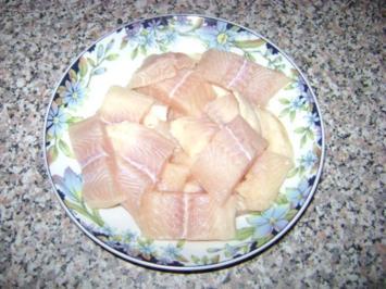 Fischsuppe mit Kokosmilch und Bärlauch - Rezept
