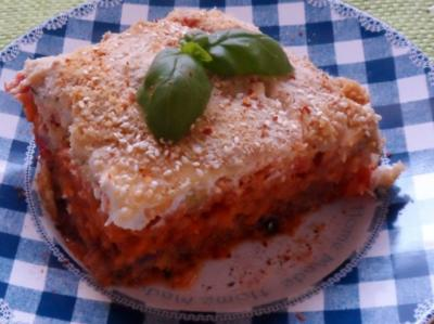Ofengerichte: Hackbraten-Schichtauflauf mit Tomatenreis & Paprika-Zucchini-Gemüse - Rezept