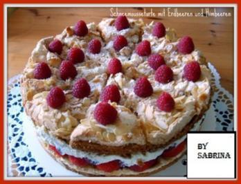 Rezept: Schneemoussetorte mit  Erdbeeren und Himbeer Mascarpone