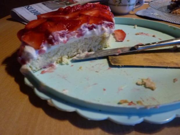 Torten: Erdbeertorte - Rezept - Bild Nr. 9