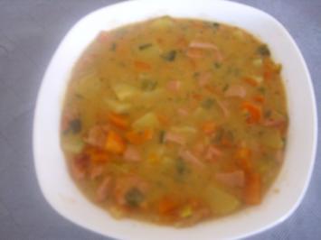 Rezept: Fleischwurst-Möhren Topf