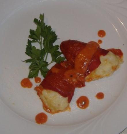Tapa  Piquillo-Paprikaschoten gefüllt mit Stockfisch - Rezept