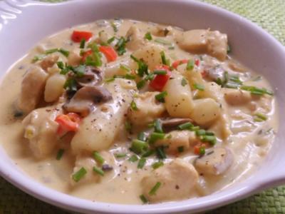 Pfannengerichte: Schwarzwurzel-Hähnchen-Pfanne mit Champignons & Kapern-Senf-Soße - Rezept