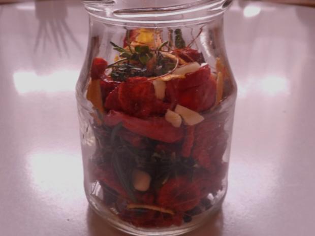 Antipasti: Eingelegte getrocknete Tomaten - Rezept - Bild Nr. 12