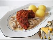 Jägerschnitzel mit Kartoffelklößchen - Rezept
